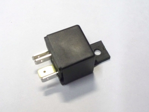 5 pin 30A relay (fuel pump, radiator fan, etc)